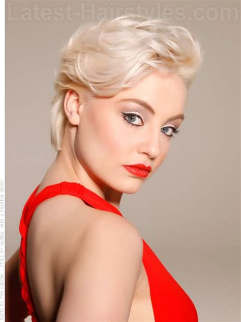 swept back styles sultry siren cute swept back short wavy hairstyle look