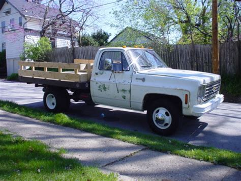 chevy c30 one ton dually flatbed stakebed classic