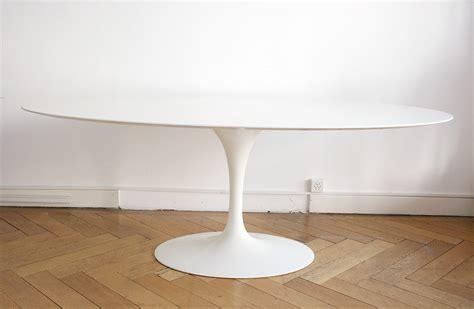 Charmant Fauteuils De Table A Manger #3: Saarinen-knoll-tulip-table-ovale-marbre1.jpg