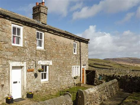 pursglove cottage low row whaw yorkshire dales
