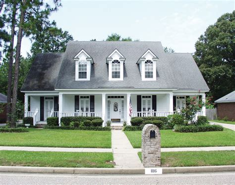 southern plantation style homes southern decor posts related to colonial style homes