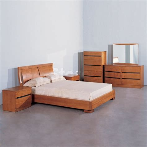 bedroom ls set of 2 2 229 00 maya 5 pc solid wood platform bedroom set in