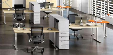 scrivanie uffici le scrivanie ufficio operative per massimizzare
