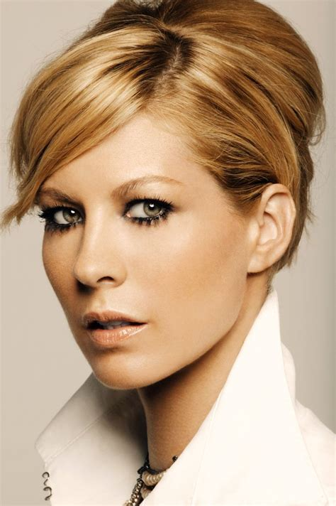 buddhist hair styles 34 best jenna elfman images on pinterest jenna elfman