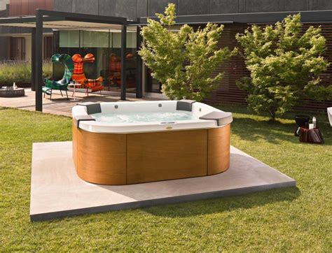 outdoor hot tub outdoor spas and hot tubs photos pixelmari com
