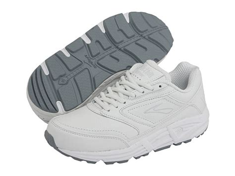 flat foot walking shoes the 3 best walking shoes for flat on the market today