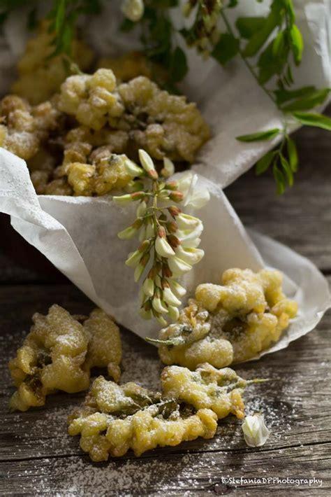 come si fanno le frittelle di fiori di zucca formine e mattarello frittelle di fiori d acacia
