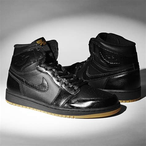 all black all black jordan 1