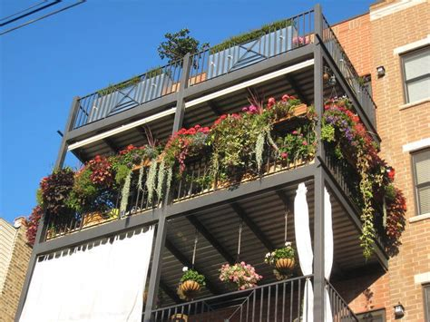 the amazing concept of small apartment garden design