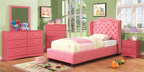 pink bedroom set bedroom furniture pink bedroom furniture set flaunting upholstered bed with tufted wing back