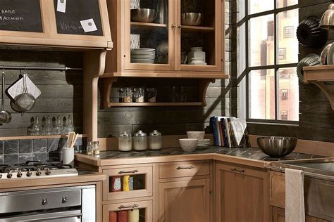 Traditional Kitchen Design With Casual Cosmopolitan Style