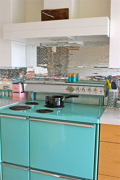 turquoise kitchen appliances 424 best images about vintage kitchen on pinterest 1920s