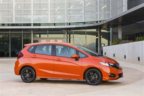 Honda Fit Electric 2020 by Honda Fit Ev Slated To Make A Return In 2020 Carscoops