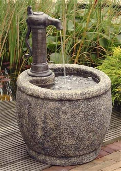 parma  contained water feature