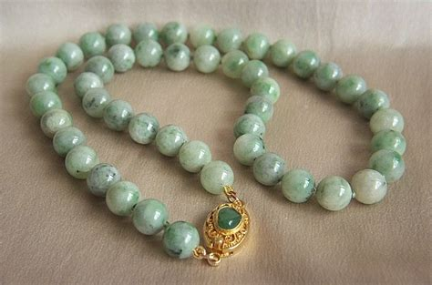 antique jade bead necklace a beautiful vintage jadeite jade bead necklace 18 1 4