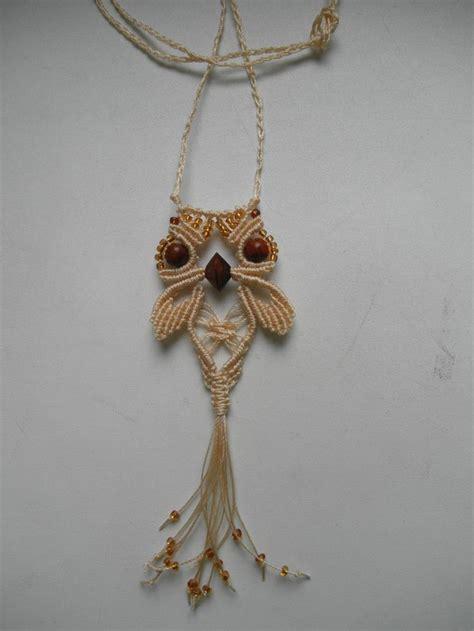 Macrame Knots Jewelry - best 25 macrame owl ideas on diy owl necklace