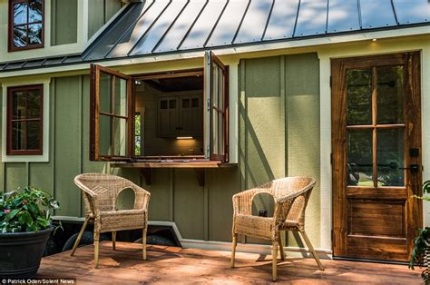 tiny houses for 10 000 timbercraft s tiny homes house hits the market for 89 000