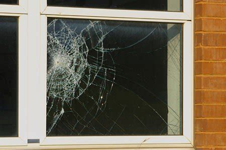 how to fix cracked glass window how to replace broken window glass doityourself com