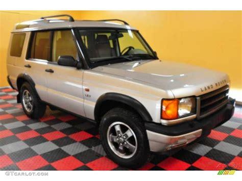 white and gold range rover 2001 white gold pearl metallic land rover discovery ii le