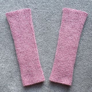 pink pattern leg warmers ravelry pink mist leg warmers pattern by esther kate