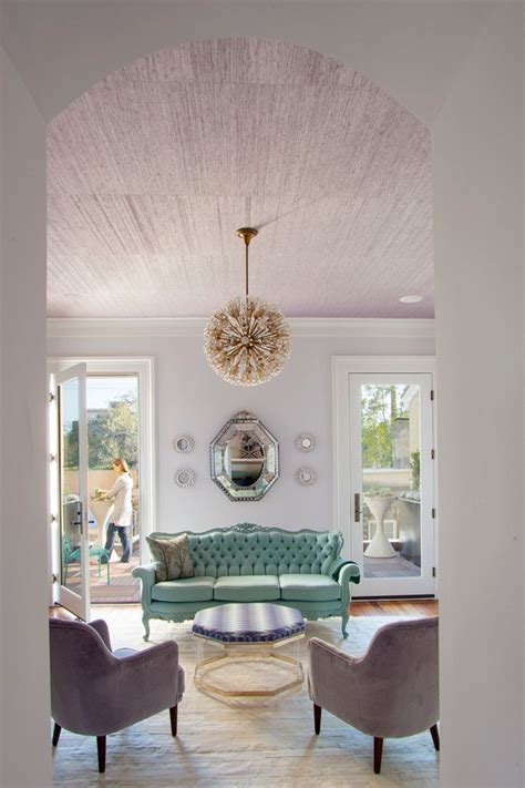 mixing old world style analogous color schemes what is it how to use it