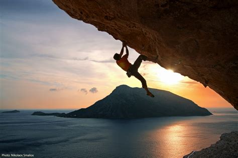how do rock climbers go to the bathroom 23 reasons why you should never go rock climbing m