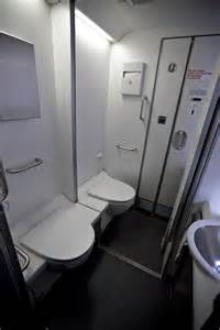 Airplane Bathroom by Thrifty Thief Bags 238 000 By Climbing Through