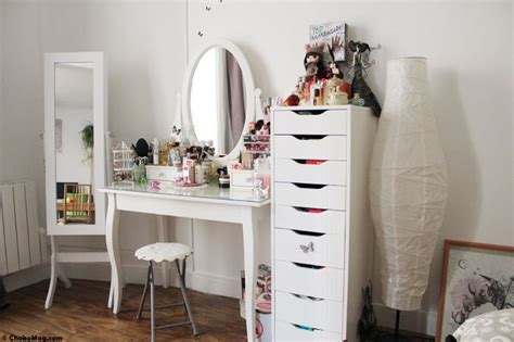 chambre avec coiffeuse coiffeuse meuble ikea bedrooms