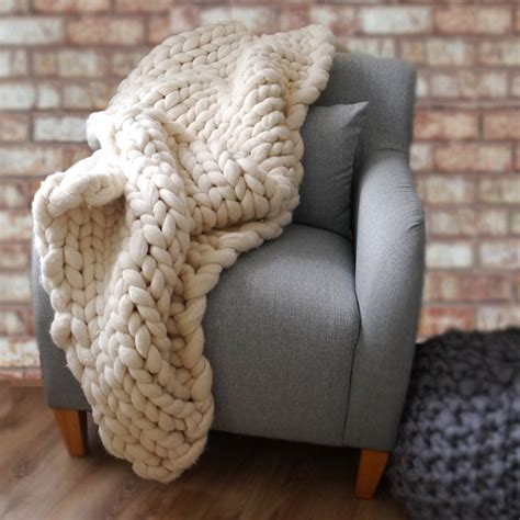 knitted throw woolacombe chunky knitted throw by aston