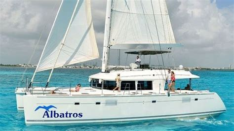 catamaran cruise to isla mujeres deluxe full day catamaran cruise to isla mujeres with