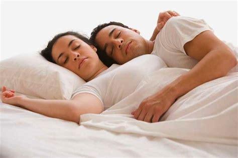 dormire senza cuscino come rilassarsi prima di dormire idee green