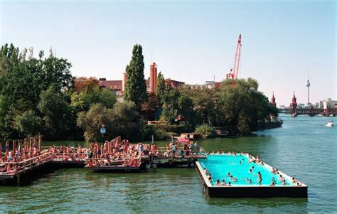 berlin  turning river spree   worlds biggest
