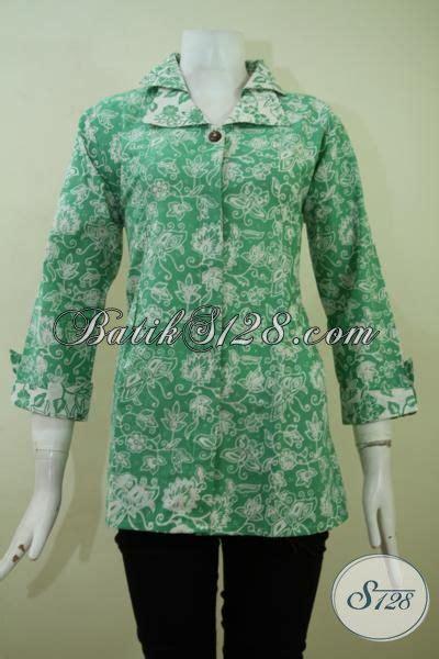 desain baju batik untuk kuliah baju batik motif modern bunga bunga untuk kerja dan kuliah