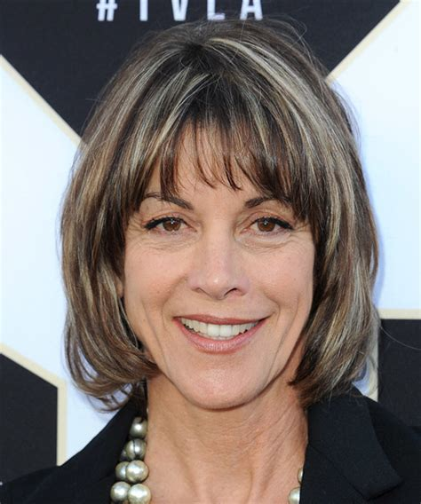 wendy malicks new haircut wendie malick medium straight casual hairstyle with