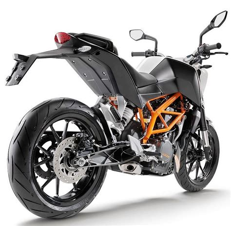 Ktm Duke 390 Rs Bs3 Ktm Duke 390 Available For Rs 1 50 Lakhs