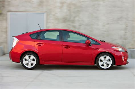 2014 Toyota Prius Mpg 2014 Toyota Prius Reviews And Rating Motor Trend