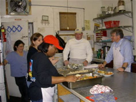 soup kitchen volunteer thanksgiving ct soup kitchen volunteer danbury ct wow