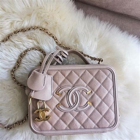 Designer Handbags Post Reminds Stay Tuned by Chanel Cc Filigree Vanity Bag Might Return For