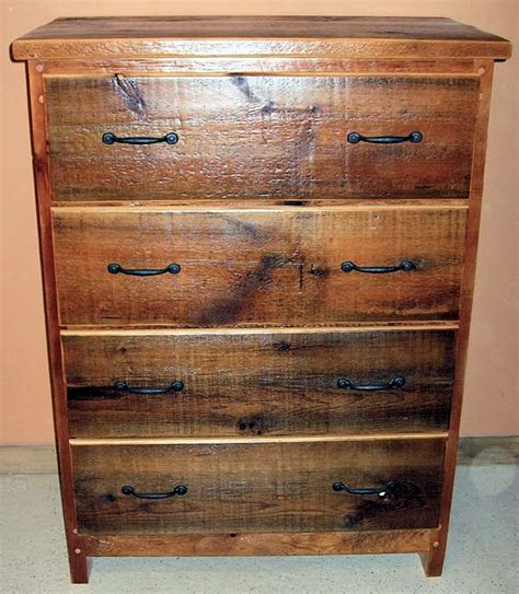 Barn Wood Dresser by Barnwood Dresser 4 Drawer Barn Wood Furniture Rustic