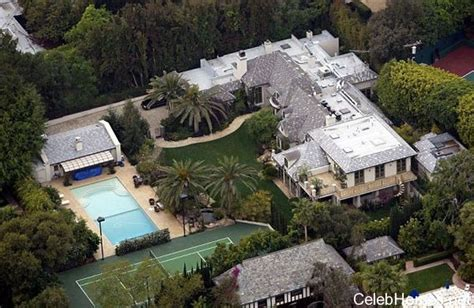 madonna house madonna s house beverly hills celebrity homes celebrity houses celebhomes net