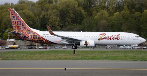 batik air career lion air subsidiaries tap lumexis for ife runway