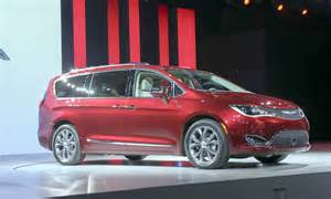 How Much Is A Chrysler Pacifica 2016 Detroit Auto Show Chrysler Introduces Pacifica