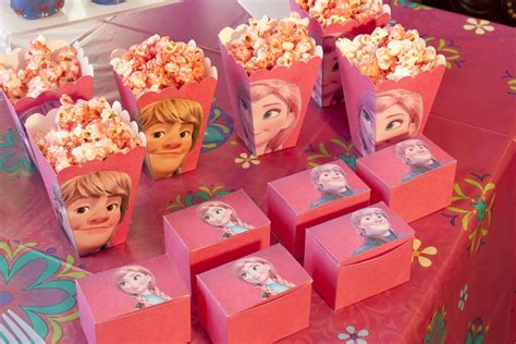 Frozen Party Giveaways - disney s frozen party chica and jo