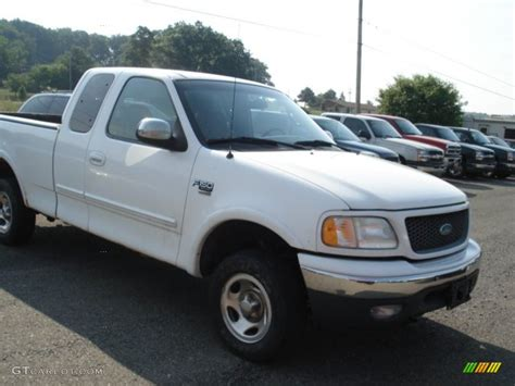 2000 Ford F150 by 2000 Oxford White Ford F150 Xlt Extended Cab 4x4 68093472
