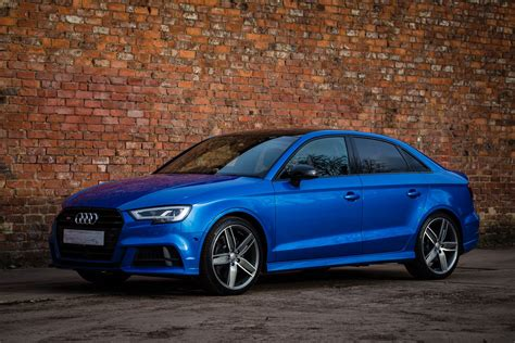 should i buy an audi a3 what cd player should i buy for my