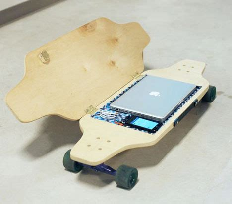 how to your to ride a skateboard skateboard opens up to carry valuables while you ride gadgets science technology