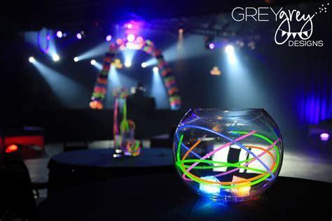 glow stick wedding centerpiece idea   OneWed.com