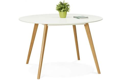 Table Blanche Pied Bois 4666 by Table 224 Manger Ronde Blanche Pieds Bois Camsou Table 224