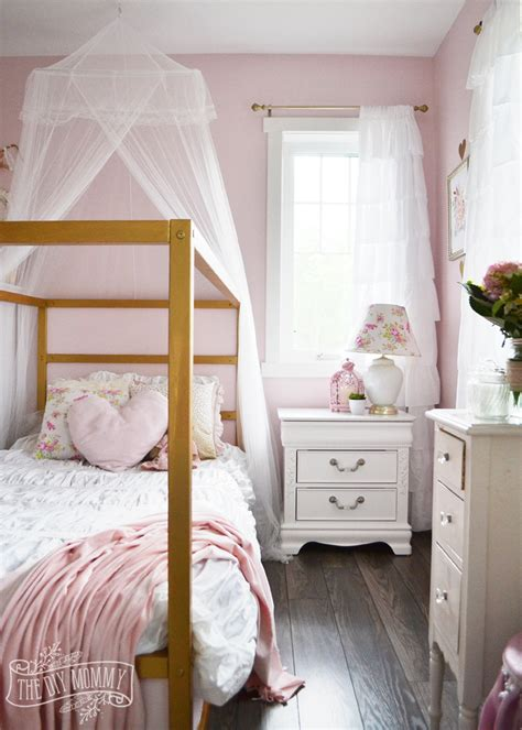 girls white bedroom a pink white gold shabby chic glam girls bedroom