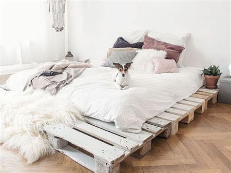 diy mã dchen schlafzimmer ideen die 25 besten ideen zu bett selber bauen auf